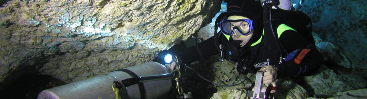 stage cave diving